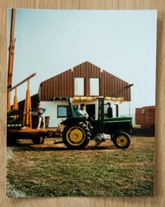 Werner Baumann und sein Ältester Sohn erinnern sich gern daran, wie sie beim Bau Ihres Hauses mit anpackten. Hat richtig Spaß gemacht, sagen sie noch heute.