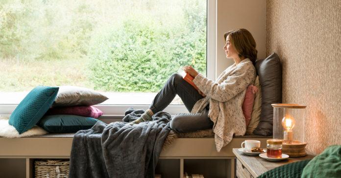 Schallschutzglas sorgt für angenehme Ruhe im Haus. (Foto: FingerHaus)