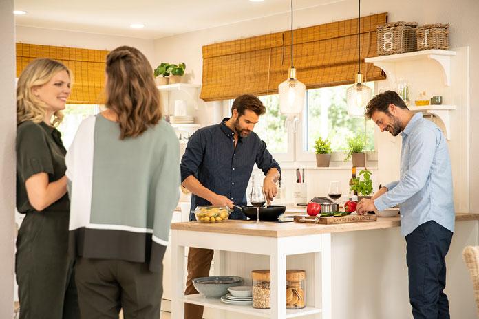 Ergonomie ist bei der Küchenplanung ein wichtiges Thema. (Foto: FingerHaus)