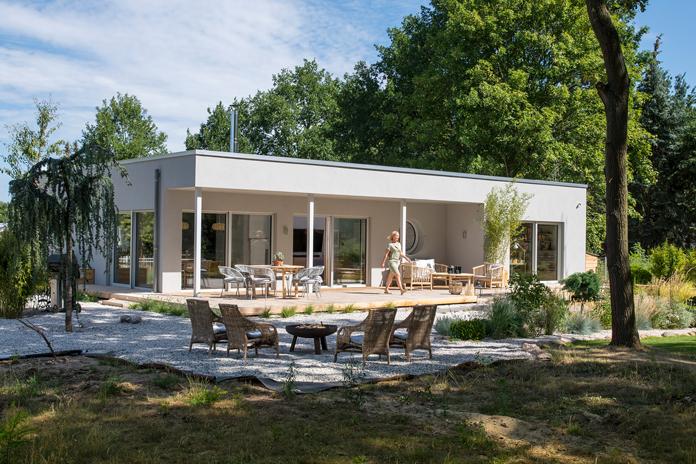 Hausbau so gut wie möglich im Einklang mit der Natur. (Foto: FingerHaus)